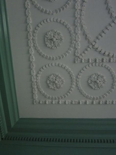 Betty Washington Lewis's Bedroom Ceiling Detail