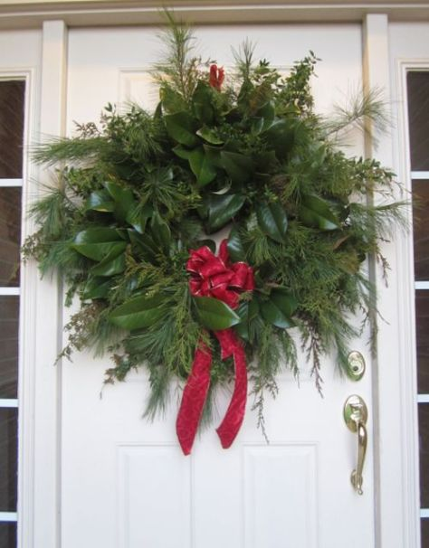 Colonial Style Wreath made by Chikpea.Contains pine, spruce, mistletoe, and magnolia leaves
