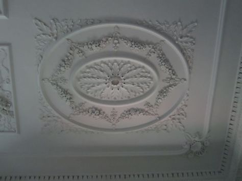Ladies Parlor Ceiling Detail