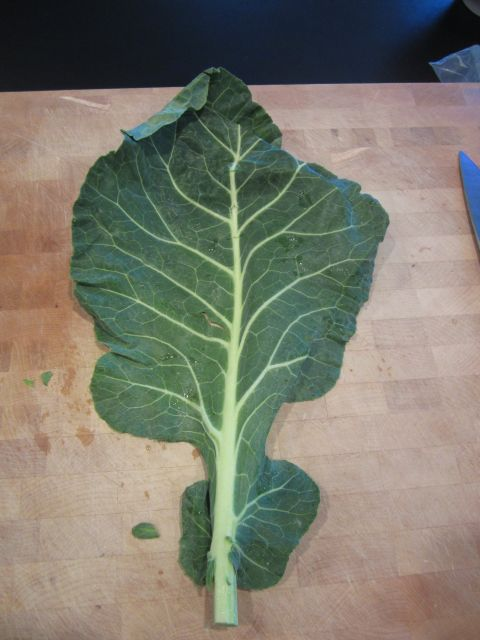 Break apart your collard leaves and rinse them really well. They generally have sand and dirt on them like leeks.