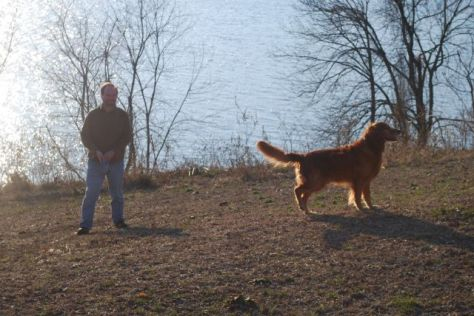 Hurley and Brett check out the river bluff