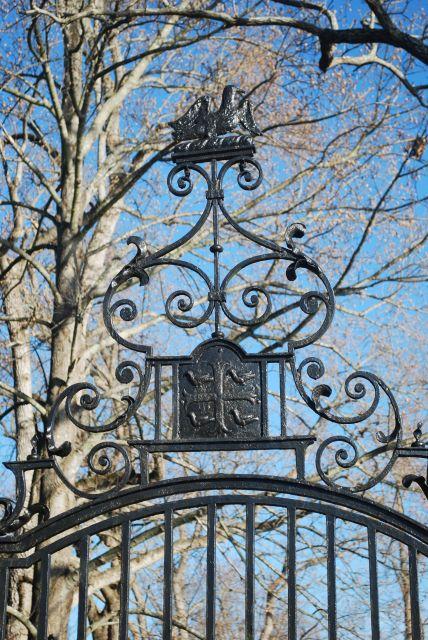 Westover PlantationSide Gate