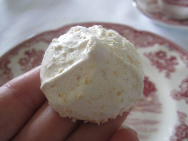 Coconut Meringue