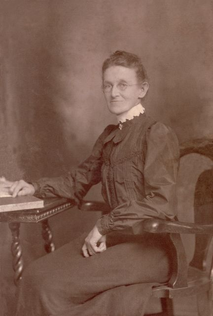 Mary Virginia Gibbs Hearn circa 1900