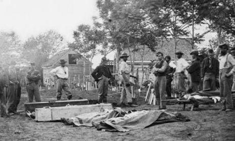 Burying the dead in Fredericksburg