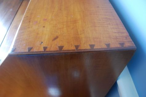 American Slant Top Desk or Plantation Desk. - detail